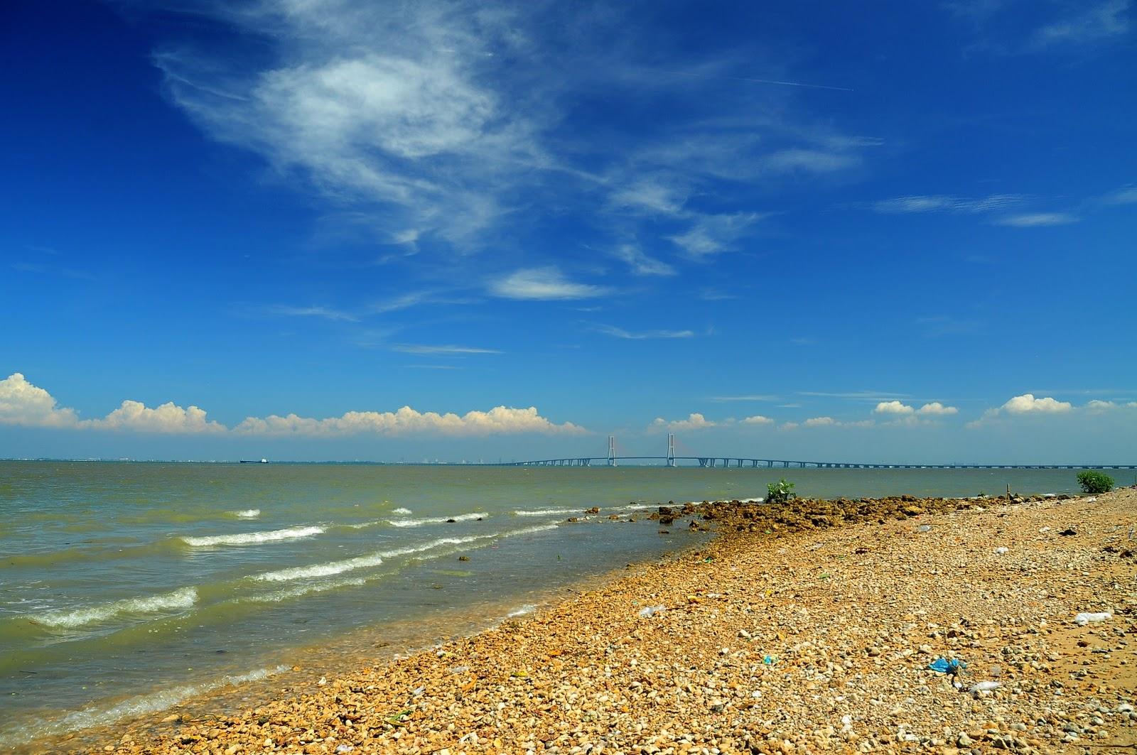 Wisata Pantai Rongkang Bangkalan Cocok Liburan Daily Terletak Ujung Barat
