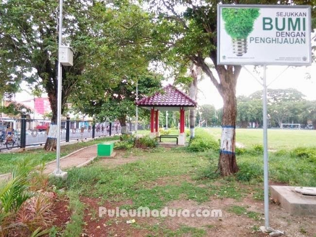 Indahnya Taman Paseban Kota Bangkalan Gerbang Pulau Madura Sisi Sebelah