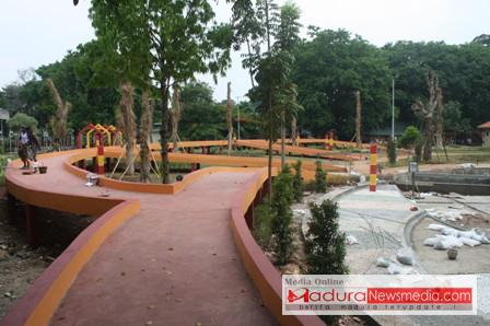 Taman Paseban Bangkalan Rekreasi Kota Madura Newsmedia Area Jogging Track