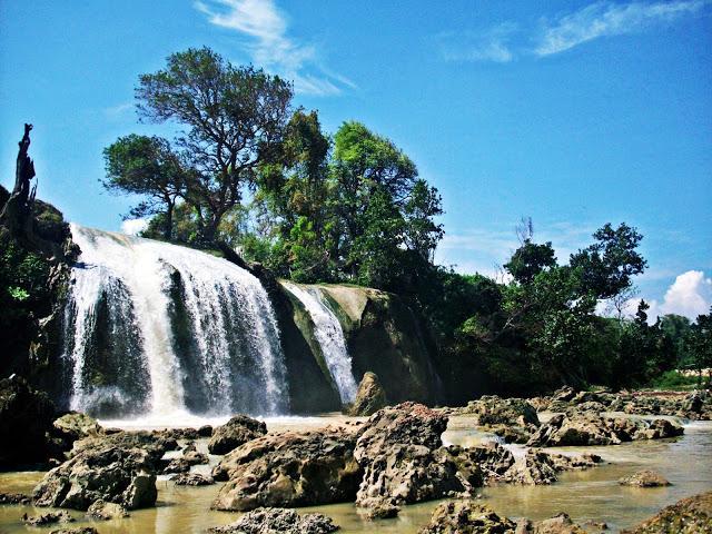 29 Tempat Wisata Madura Wajib Dikunjungi Liburan Mengunjungi Air Terjun