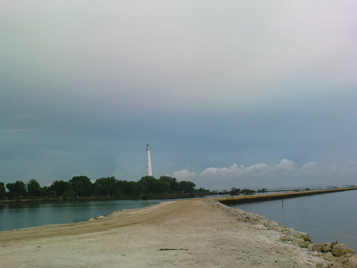 Tempat Wisata Kab Bangkalan Ramuan Madura Tongkat Pantai Sambilangan Sebuah