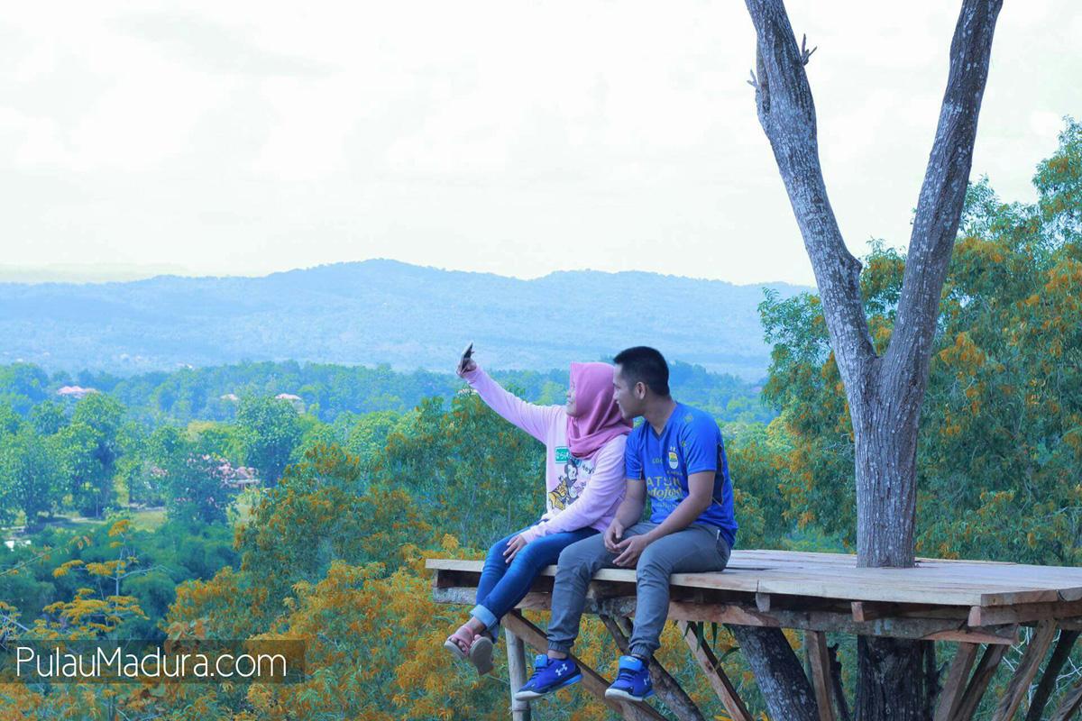 Wisata Alam Bukit Lampion Beramah Galis Bangkalan Gerbang Ya Terletak
