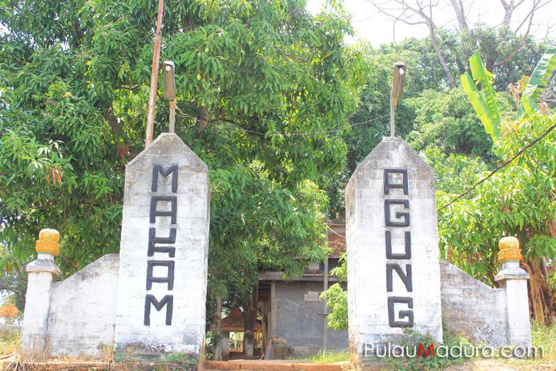 Wisata Sejarah Makam Agung Arosbaya Bangkalan Gerbang Pulau Madura Bukit