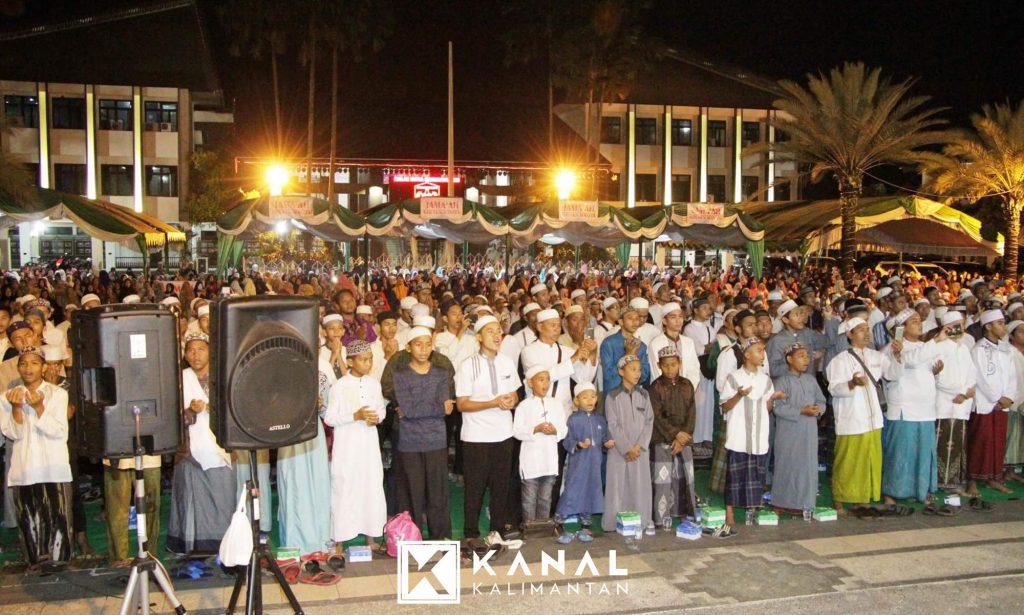 Kanal Kalimantan Lugas Tuntas Terpercaya Lantunan Shalawat Nabi Warnai Malam