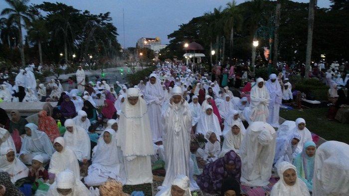 Hasnur Group Gelar Peringatan Isra Mikraj Masjid Raya Sabilal Muhtadin