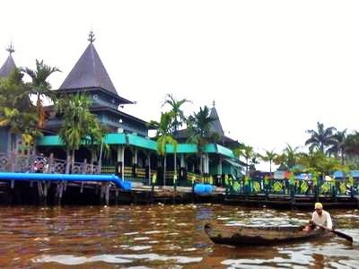 Masjid Sultan Suriansyah Banjarmasin Kalsel Rumah Alloh Terletak Jalan Kuin