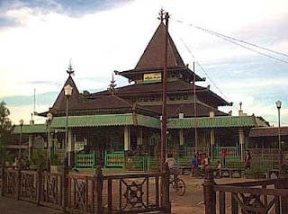 Priyo Blog Keunikan Arsitektur Islam Indonesia Masjid Dibangun Pemerintahan Sultan
