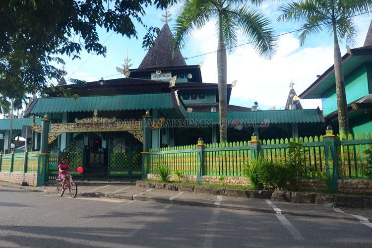 Waspada Masjid Sultan Suriansyah Tak Minta Sumbangan Radar Bersejarah Pengurus