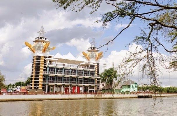 Catatan Syarif Gaptek Wisata Banjar Menara Pandang Banjarmasin Kab