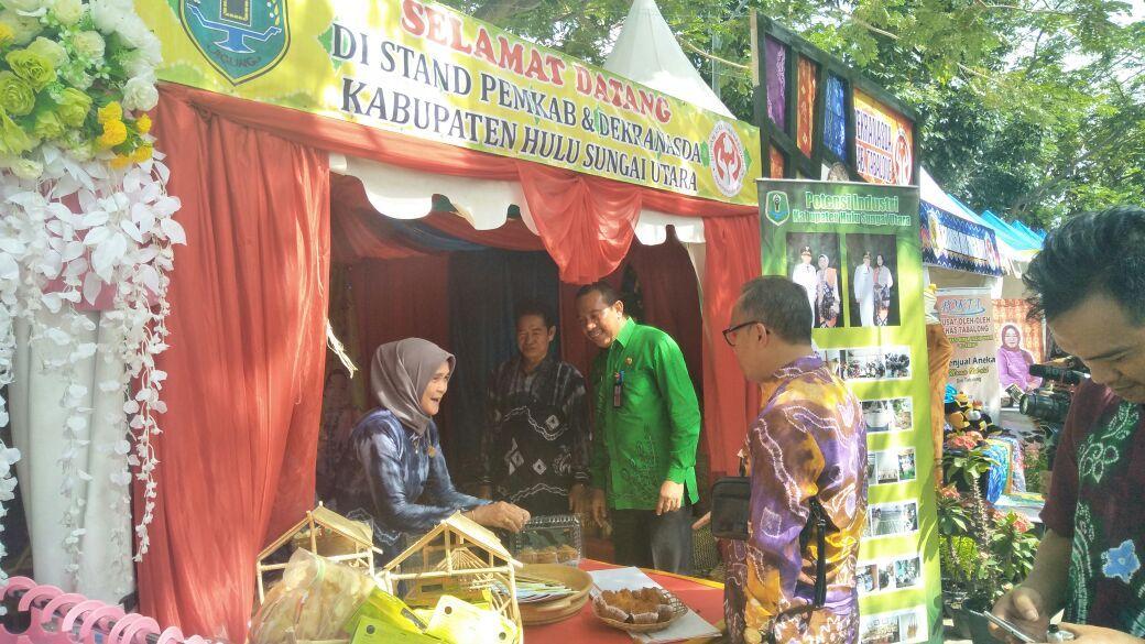 Kabupaten Hsu Ikuti Banjarmasin Sasirangan Festival 2018 Hulu Sungai Utara