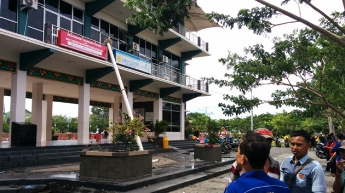 Kok Menara Pandang Siring Sungai Martapura Ditutup Selama 15 Hari