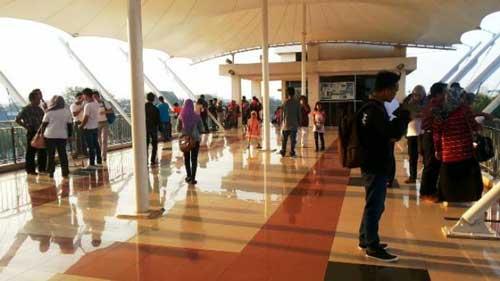 Menara Pandang Patung Bekantan Banjarmasin Wisata Kalimantan Lantai Atas Kab