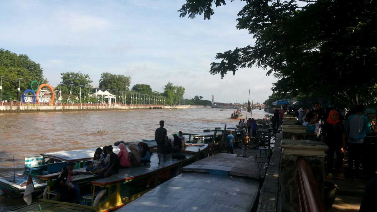 Menikmati Wisata Susur Sungai Banjarmasin Travelklik Kota Terletak Provinsi Kalimantan