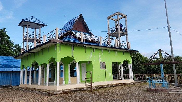 Pengunjung Atap Menara Pandang Gazebo Gunung Kayangan Dibenahi Banjarmasin Kab