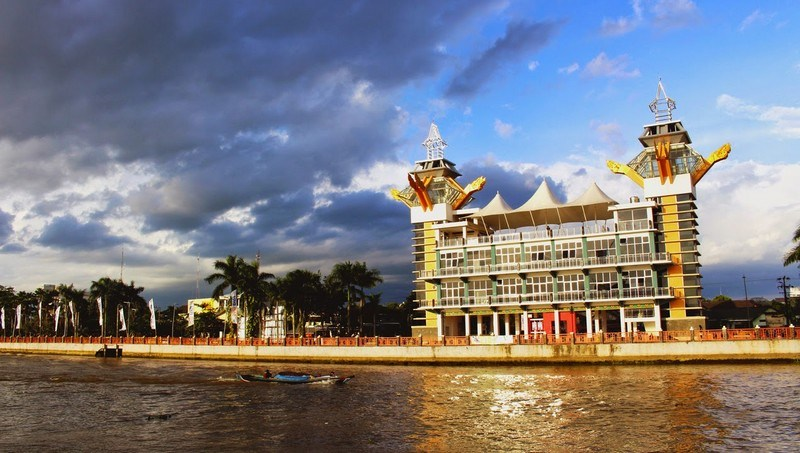 Pesona Wisata Banjarmasin Menara Pandang Jpg Kab