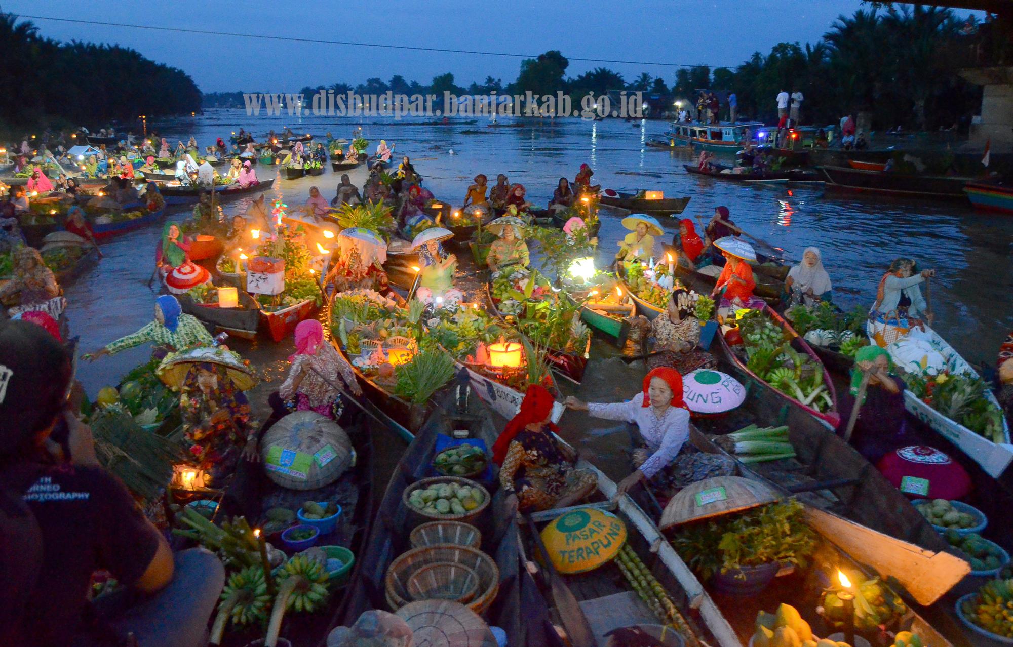 Dinas Kebudayaan Pariwisata Kabupaten Banjar Pasar Terapung Lok Baintan Kab