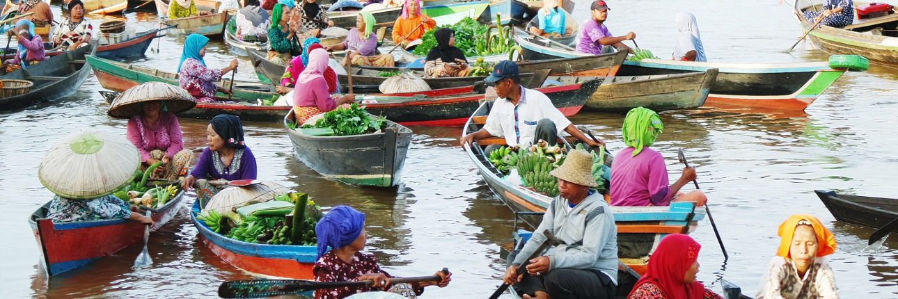 Melihat Aktivitas Pagi Hari Pasar Terapung Lok Baintan Kab Banjarmasin