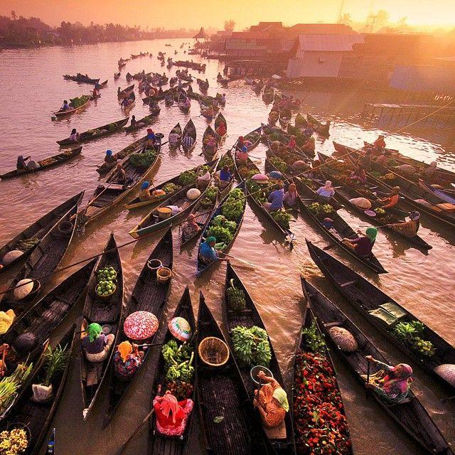 Menyambut Pagi Pasar Terapung Lok Baintan Kalimantan Selatan Ininegriku 1000kata