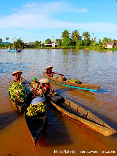 Pasar Terapung Lok Baintan Nagari Tepatnya Berada Sungai Tabuk Nantinya