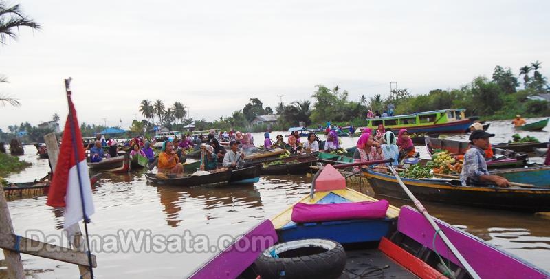 Pasar Terapung Tempat Berwisata Sekaligus Belanja Banjarmasin Lok Baintan Alami