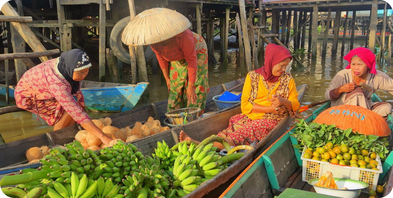 Perjalanan Tak Berujung Terapung Lok Baintan Pasar Kab Banjarmasin