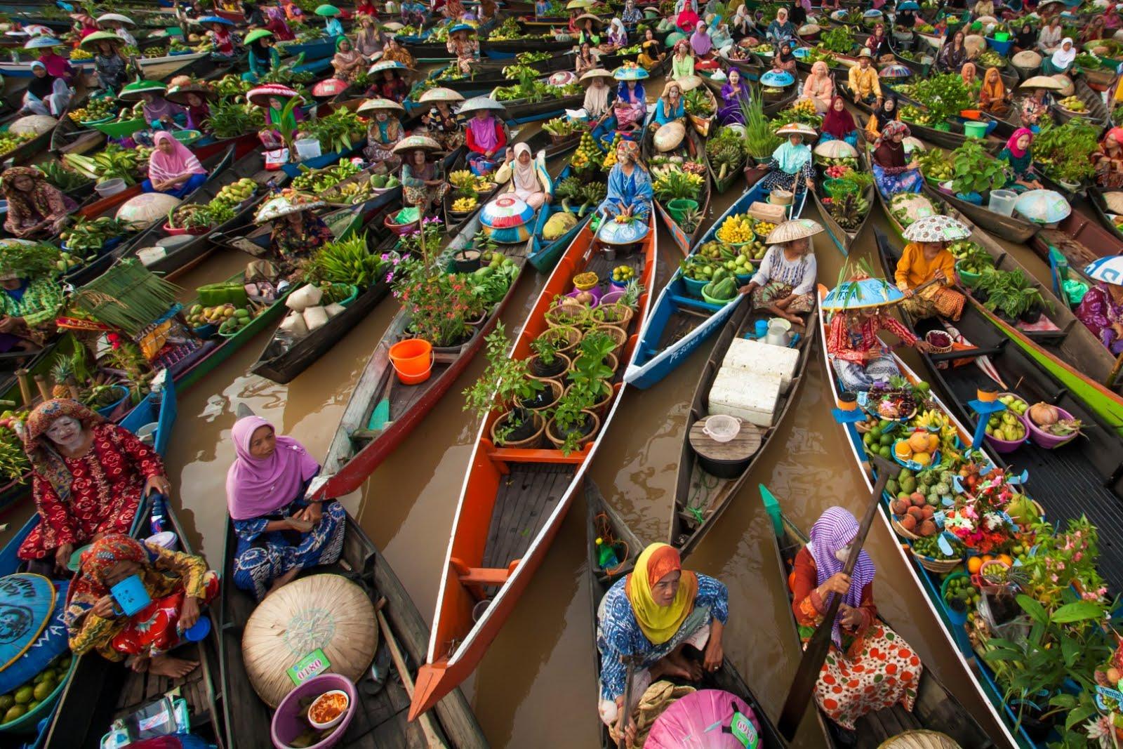 35 Tempat Wisata Banjarmasin Seputar Pasar Terapung Lok Baintan Muara