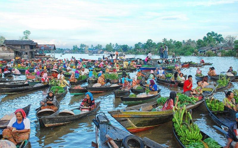 Banjarmasin Tips Wisata 5 Destinasi Menjadi Daya Tarik Wisatawan Pasar