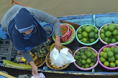Pasar Terapung Banjarmasin Siring Kab