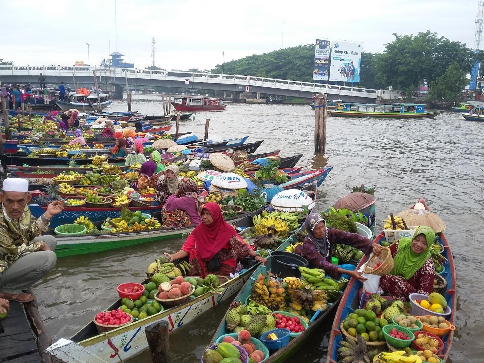 Pasar Terapung Siring Kota Banjarmasin Kalimantan Selatan Indonesia Pagi Setelah