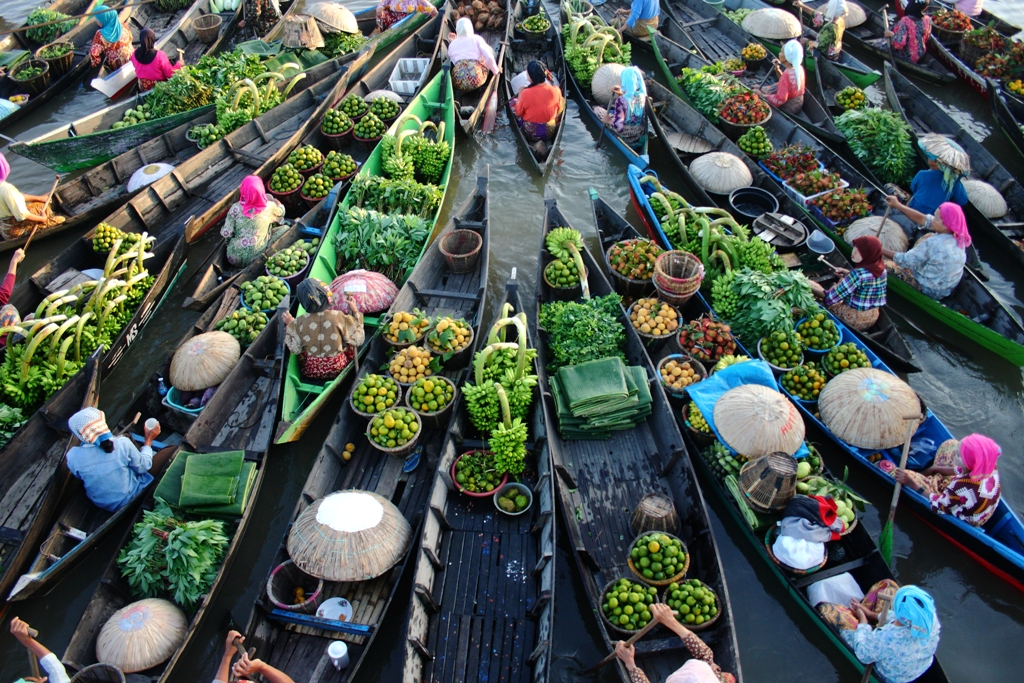 Pasar Terapung Tradisional Unik Kalimantan Selatan Siring Kab Banjarmasin