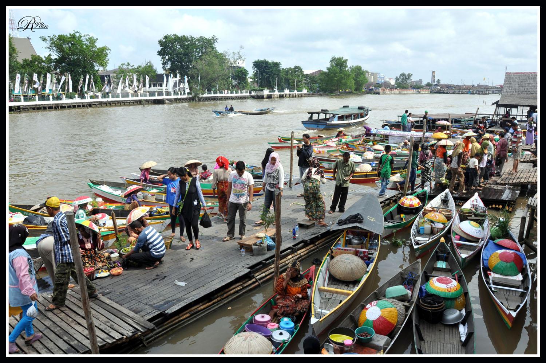 Raju Photografi Pasar Terapung Siring Banjarmasin Kab