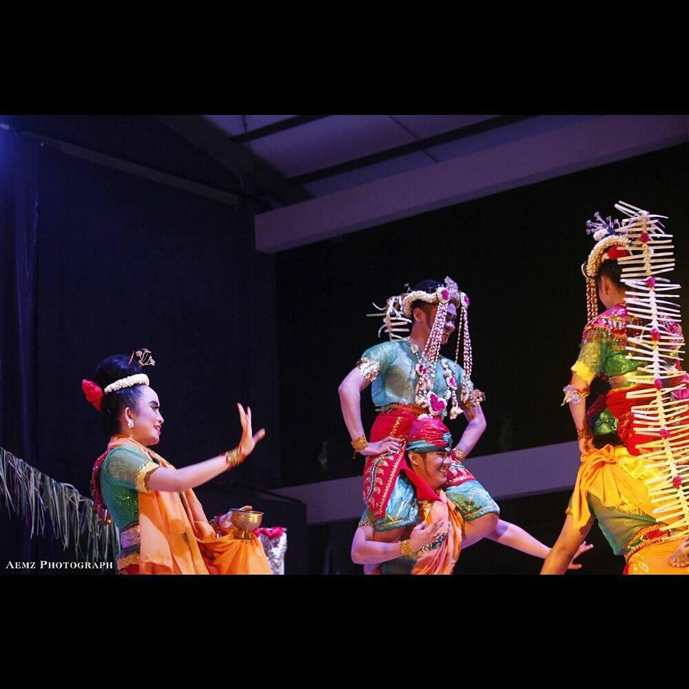 Festivalkaryataridaerahkalsel2017 Hash Tags Deskgram Tari Usung Bausung Sanggarseninuansakalsel Festival Karya