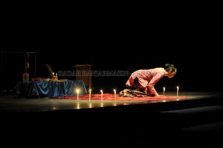 Hari Teater Sedunia Taman Budaya Kalsel Radar Banjarmasin Prokal Balik