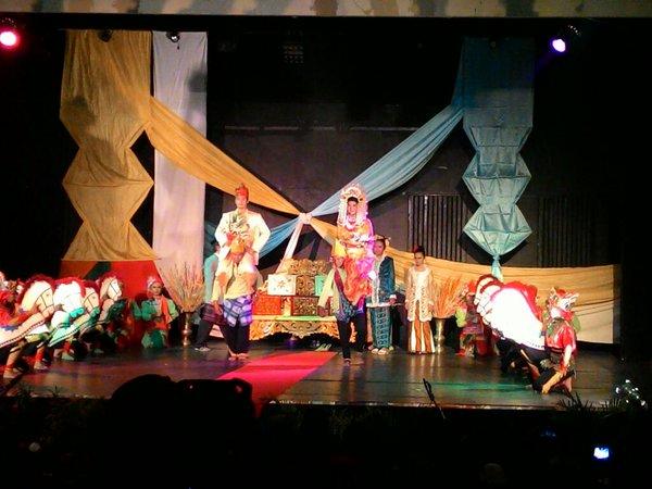 Visit Daftar Agenda Wisata Kalimantan Selatan Acara Menampilkan Kepiawaian Seniman