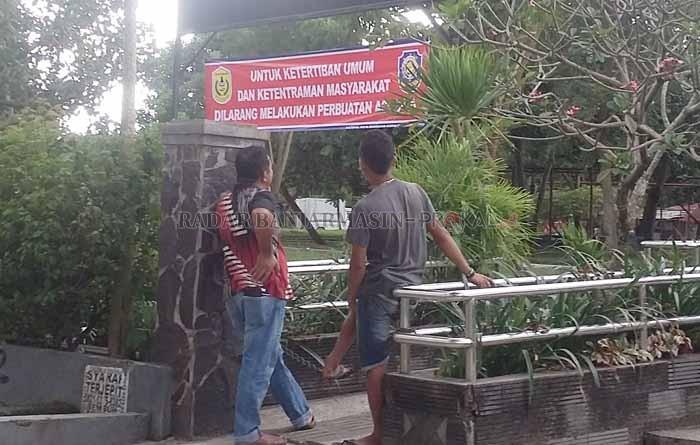 Satpol Pp Bakal Pindahkan Pos Kontainer Taman Kamboja Radar Spanduk