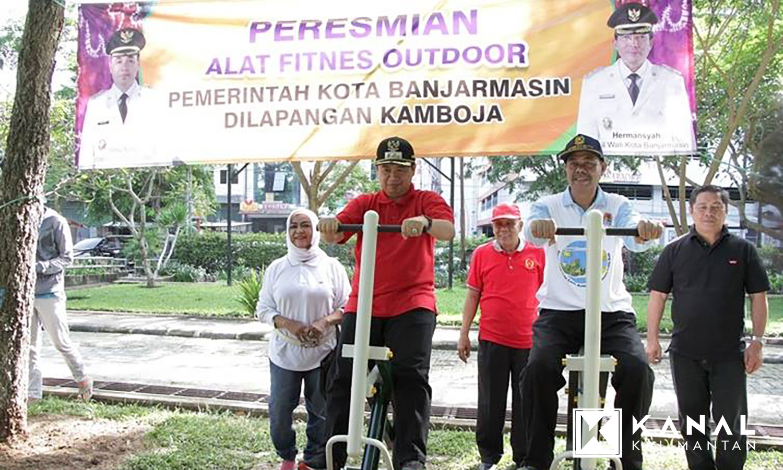Taman Kamboja Dilengkapi Alat Fitnes Kanal Kalimantan Fasilitas Olahraga Walikota