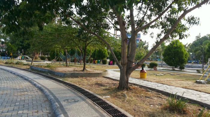 Januari 2016 Banjarmasin Culture Taman Maskot Kab