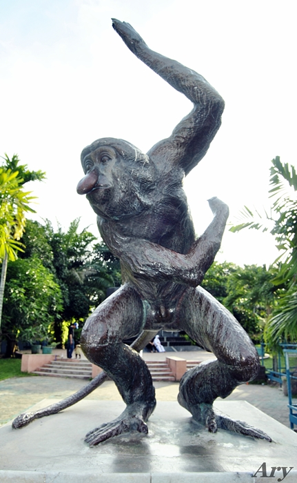 Keindahan Provinsi Kalimantan Selatan Banjarmasin Martapura Baritokuala Taman Maskot Kab