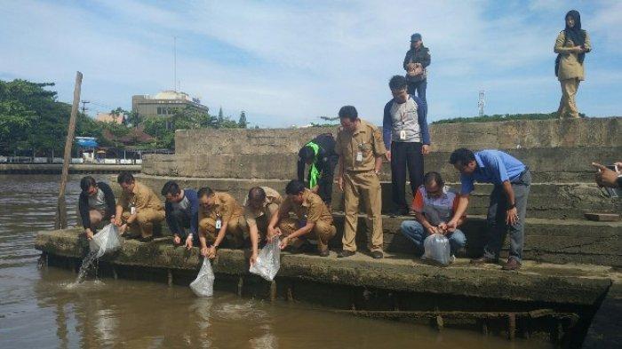 Pemko Harap Makin Perusahaan Salurkan Csr Bidang Lingkungan Taman Siring