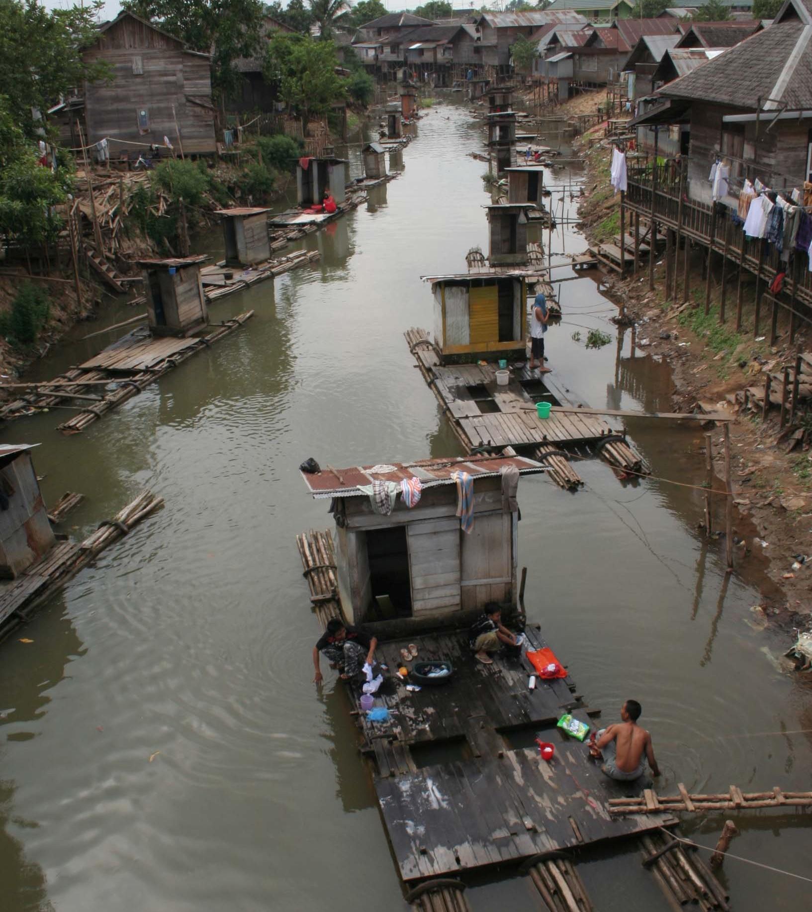 Sungai Kabar Paman Anum Kontaminasi Tinja Sebuah Ancaman Kesehatan Banjarmasin