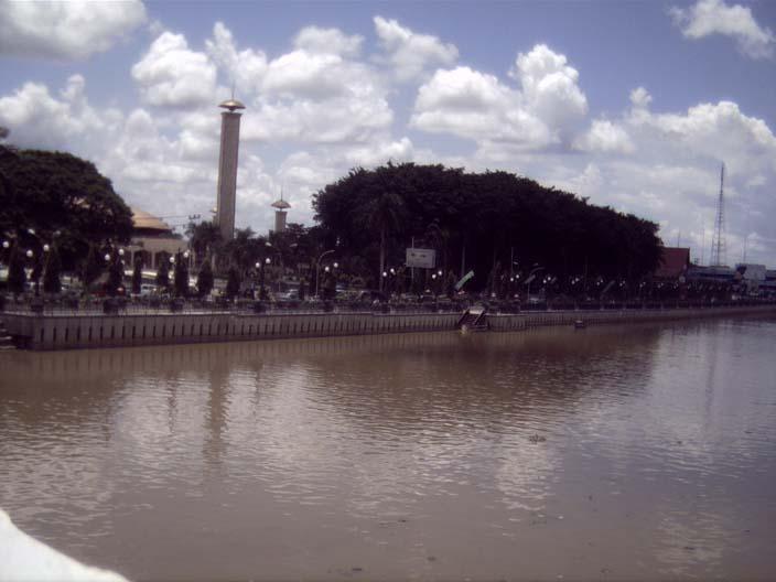 Sungai Martapura Wikipedia Bahasa Indonesia Ensiklopedia Bebas Taman Siring Kab