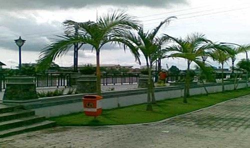 Tempat Wisata Kota Banjarmasin Kalimantan Selatan Pertamag Objek Taman Siring