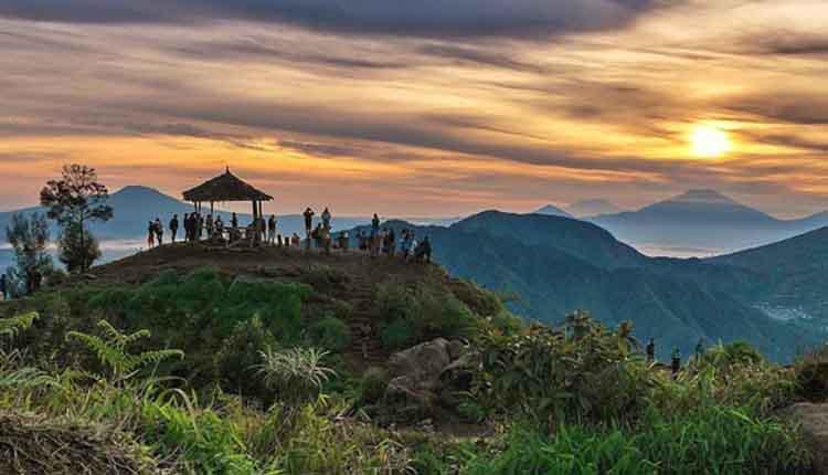 Rekomendasi Tempat Wisata Banjarnegara Memukau Mata Jurnal Anglir Mendung Kab