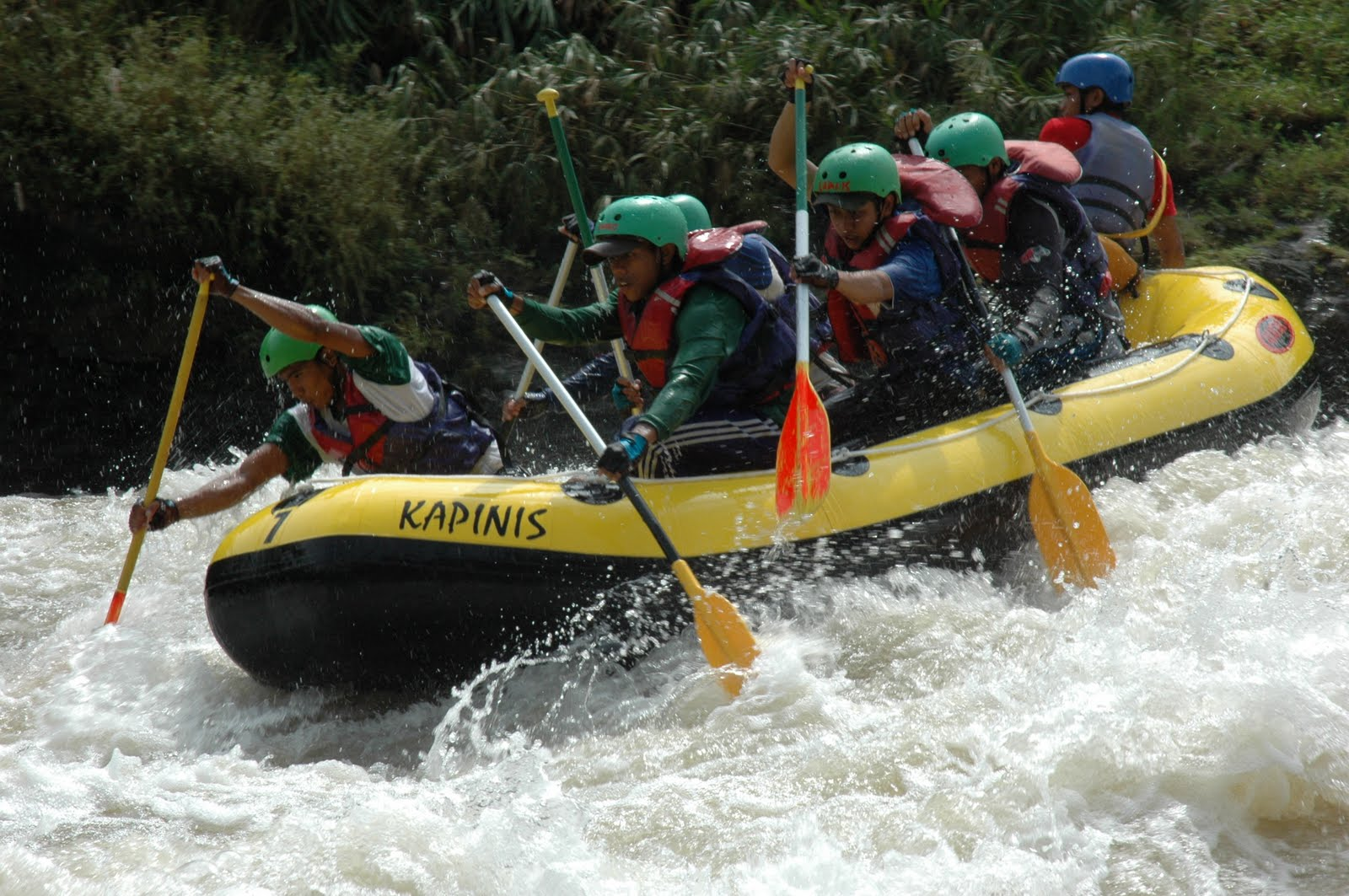 12 Negara Ikut Australasian Rafting Champs 2010 Sungai Serayu Banjarnegara