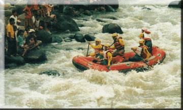 Arung Jeram Kaliserayu Kabupaten Banjarnegara Wisata Minat Khusus Berada Sungai