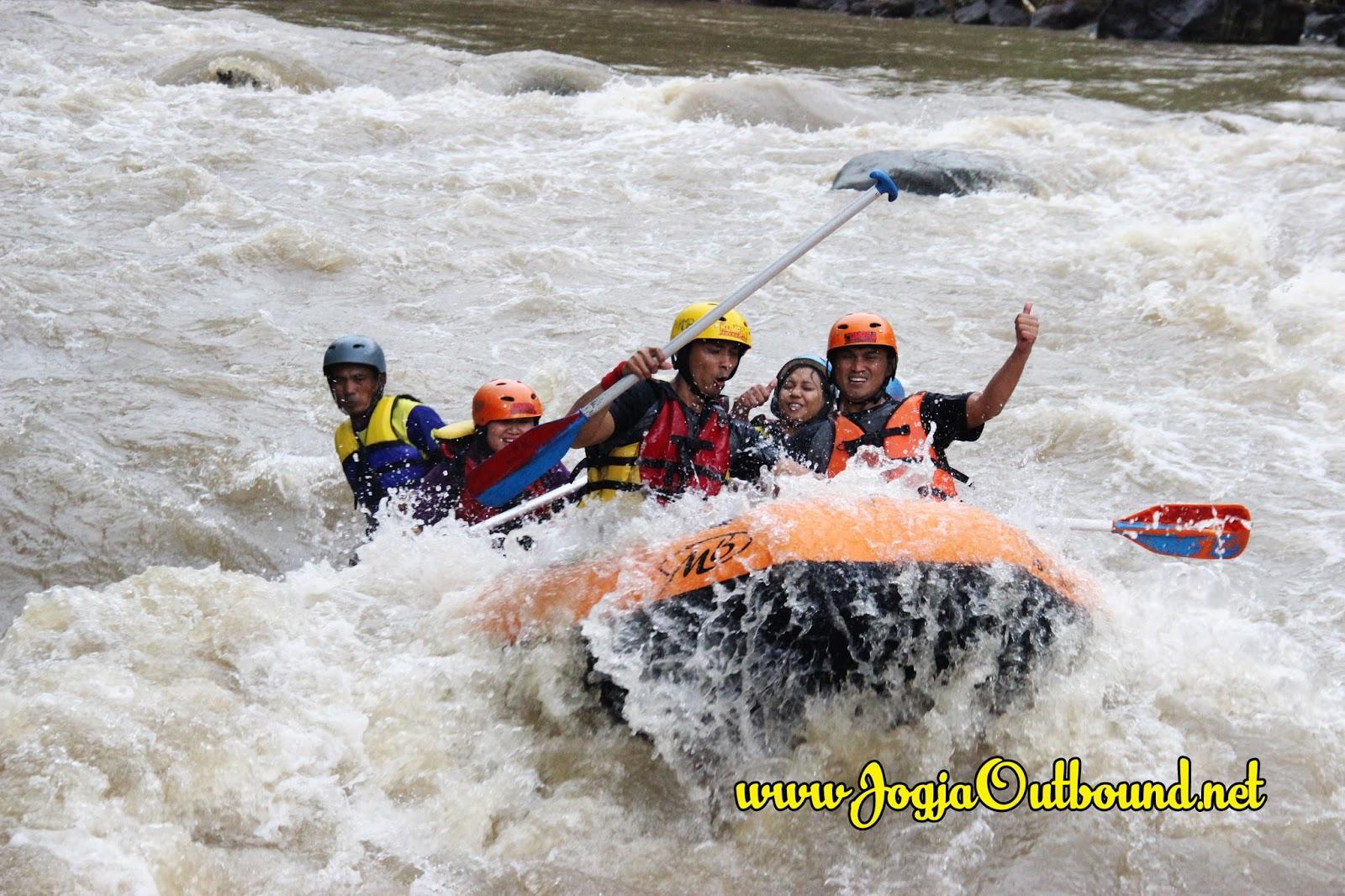 Arung Jeram Rafting Sungai Serayu Wisata Dieng Wonosobo Tidak Salahnya