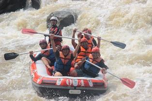 Arung Jeram Serayu Banjarnegara Paket Sungai Elo Arum Kab