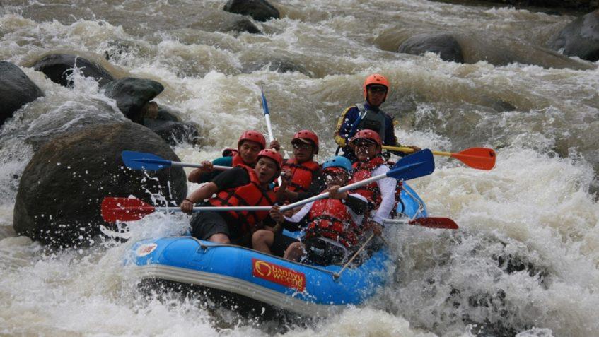 Arung Jeram Sungai Serayu Dprd Kabupaten Banjarnegara Arum Kab