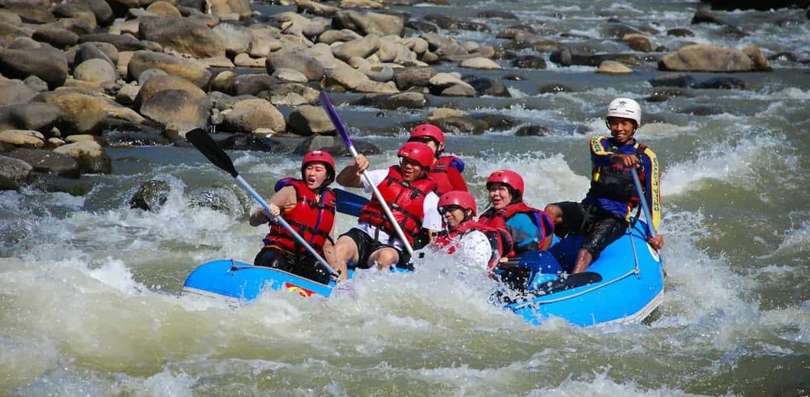 Asiknya Menikmati Perjalanan Air Arum Jeram Sungai Serayu Ulinulin Tak