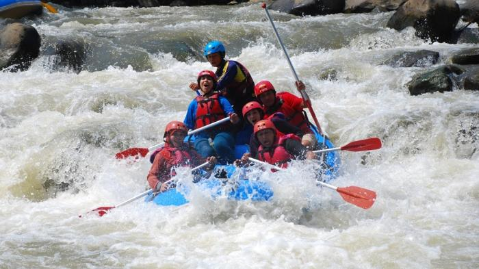 Kecelakaan Arum Jeram Sungai Serayu 2 Tewas 5 Luka Rakyat